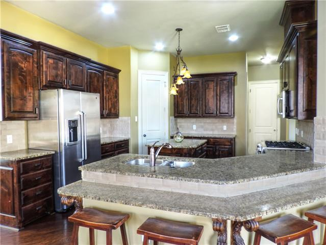 605 Knott Court, Euless in Tarrant County, TX 76039 Home for Sale