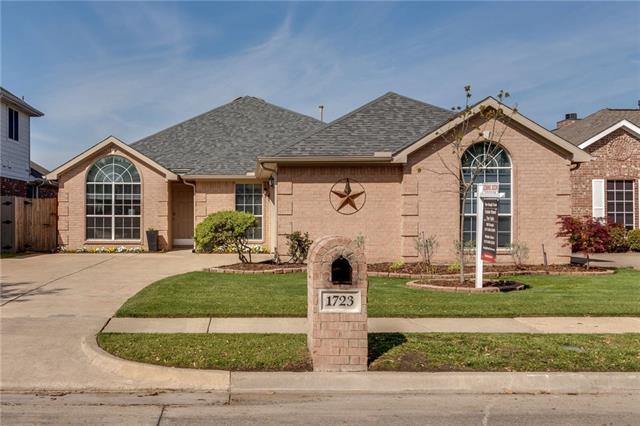 1723 Chatham Lane, Keller, Texas