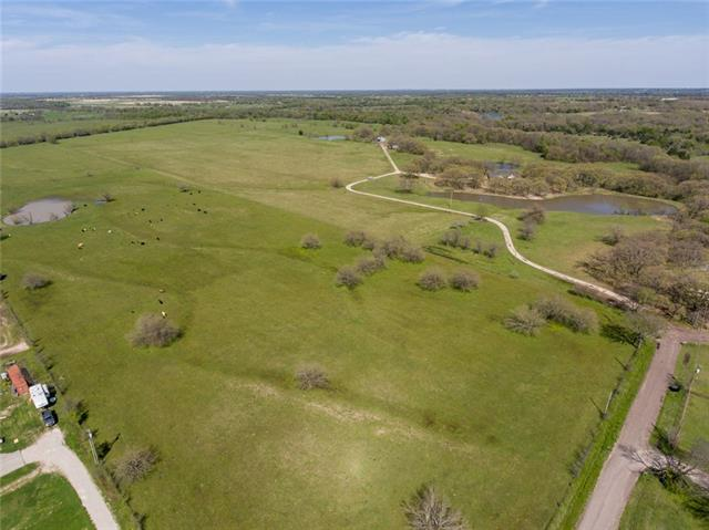 1735 County Road 4104 Greenville, TX 75401