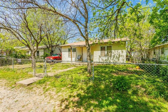 5404 Scoggins Street Sansom Park, TX 76114