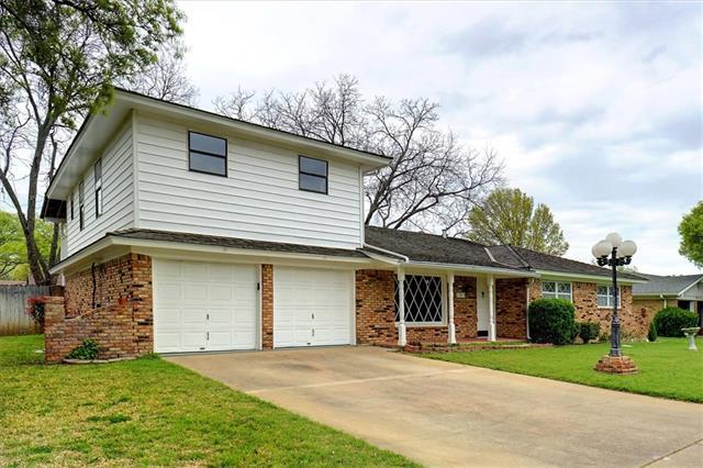 5705 Diamond Oaks Drive N Haltom City, TX 76117