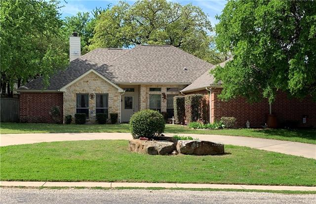 429 Half Moon Way Runaway Bay, TX 76426