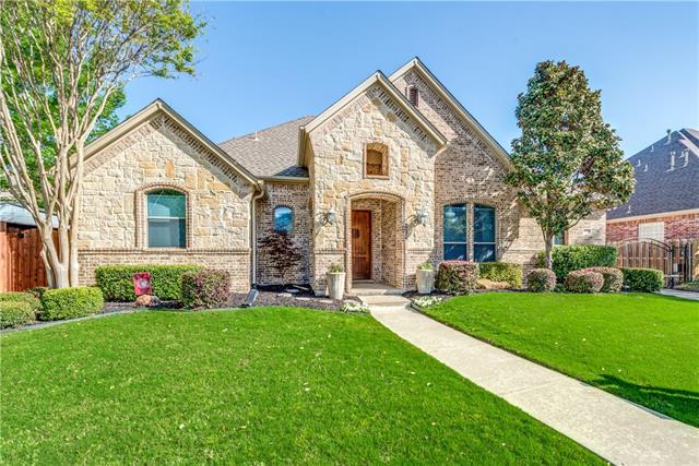 8305 Valley Oaks Drive North Richland Hills, TX 76182
