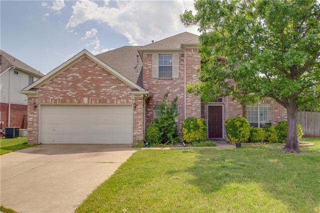 5917 Lakeview Court Haltom City, TX 76137