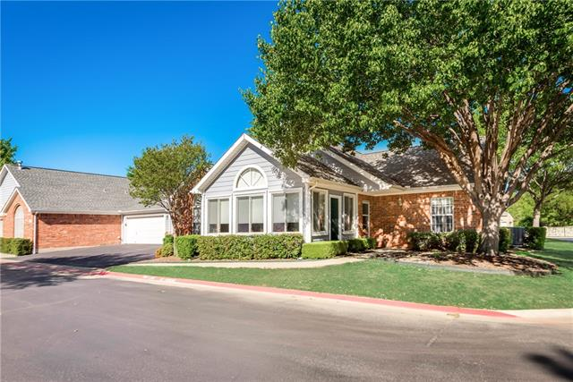 2217 Field Lane, Bedford, Texas