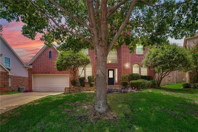 104 Sycamore Court, Grapevine, Texas