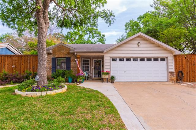 515 Westover Drive, Euless in Tarrant County, TX 76039 Home for Sale