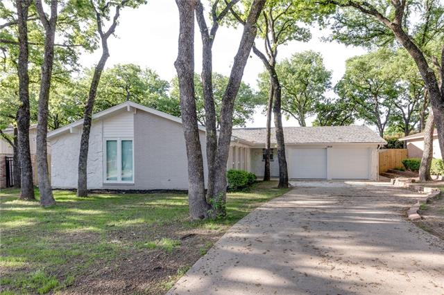 1913 Toplea Drive, Euless in Tarrant County, TX 76040 Home for Sale