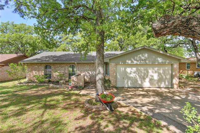 108 Lilac Lane, Eagle Mountain, Texas