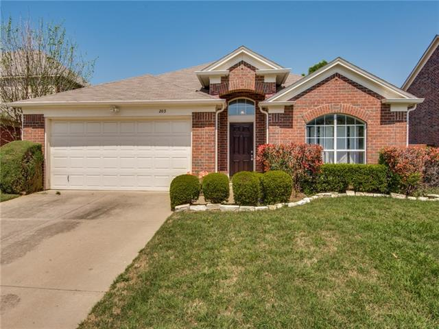 203 Foreman Drive, Euless, Texas