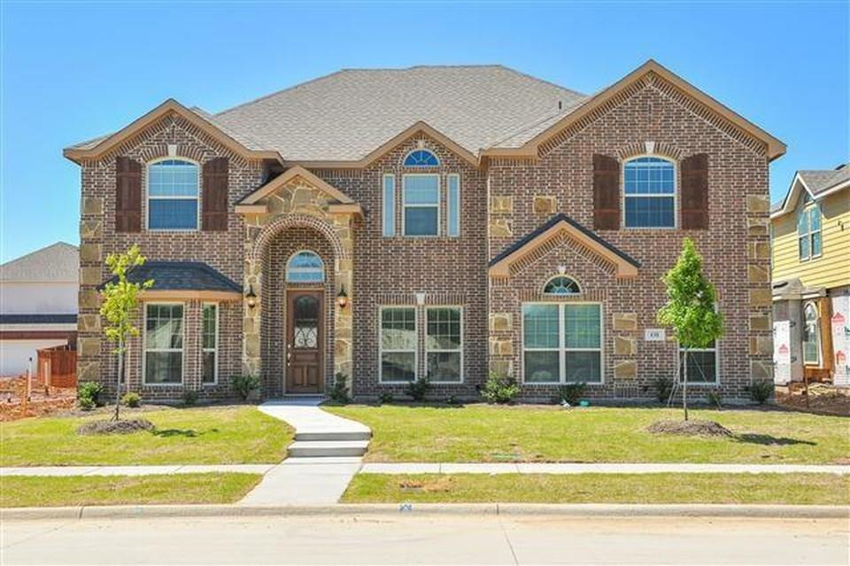 131 Lake Trail Drive Red Oak, TX 75154