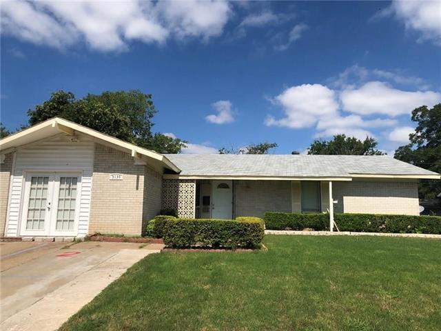 3137 Lariat Lane, Garland, Texas