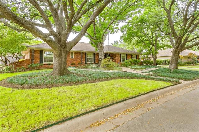 One of Fort Worth Central West 3 Bedroom Homes for Sale at 4508 Briarhaven Road