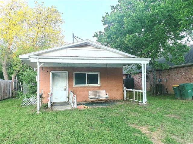 301 S Lakeview Drive Lake Dallas, TX 75065