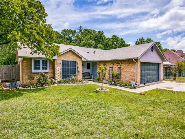 602 Ruth Drive Kennedale, TX 76060
