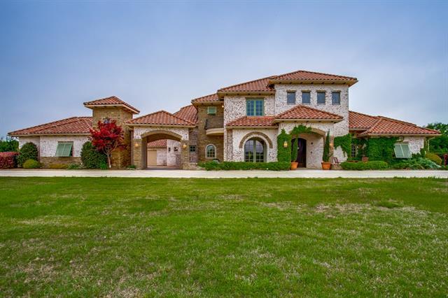 174 Ridge Point Circle Heath, TX 75126