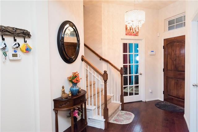 213 Knapford, Euless in Tarrant County, TX 76040 Home for Sale