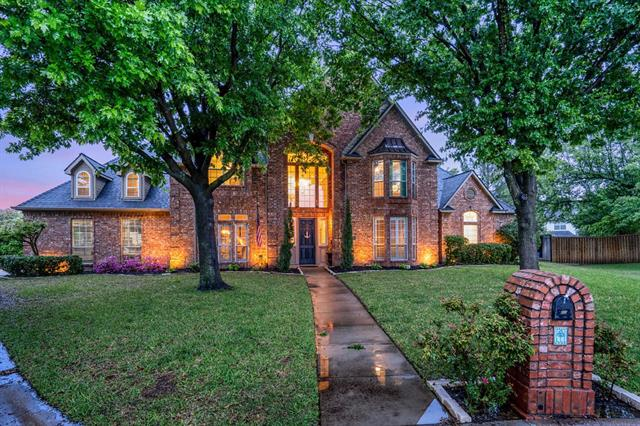800 Ridgedale Court, Southlake, Texas