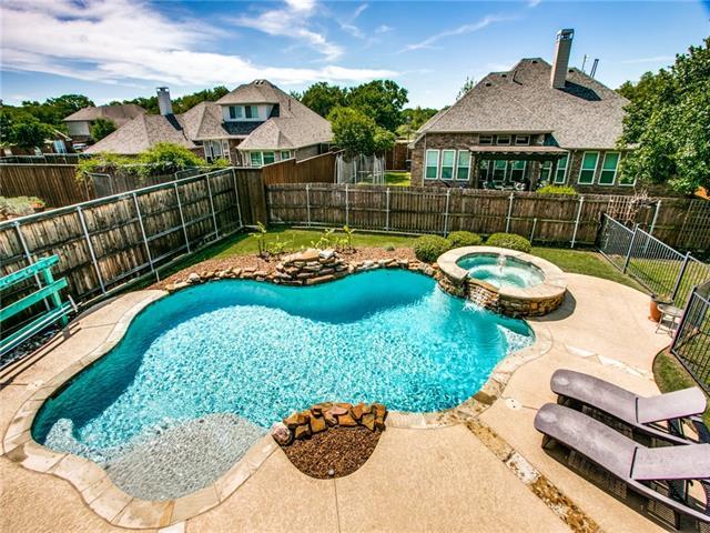 3906 Park Wood Drive, Corinth, Texas
