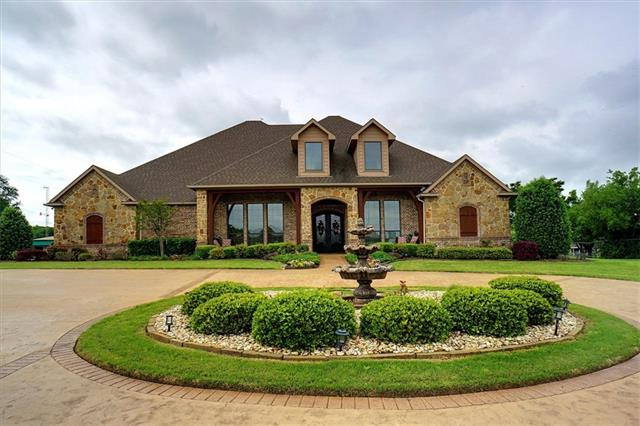 320 Mount Gilead Road, Keller, Texas
