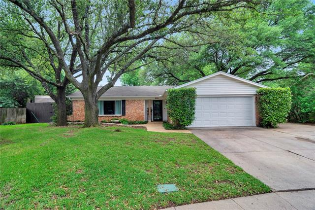605 Cypress Circle, Euless in Tarrant County, TX 76039 Home for Sale