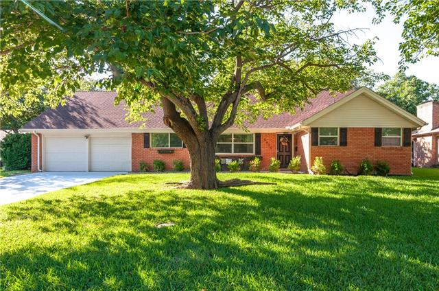 5825 Wales Avenue, Fort Worth Alliance, Texas