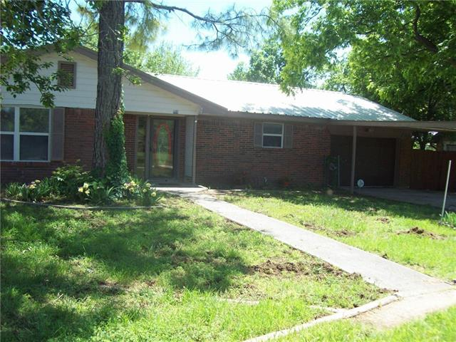229 Avolyn Drive, Brownwood, TX 76801