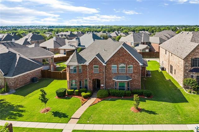 One of Wylie 4 Bedroom Homes for Sale at 1719 Mapleleaf Drive