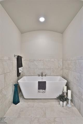 6429 Red Yucca Road - photo 19