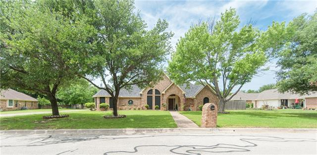 1204 Oak Bend Lane, Keller, Texas