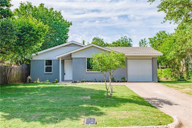 1316 Bryan Drive,Bedford  TX