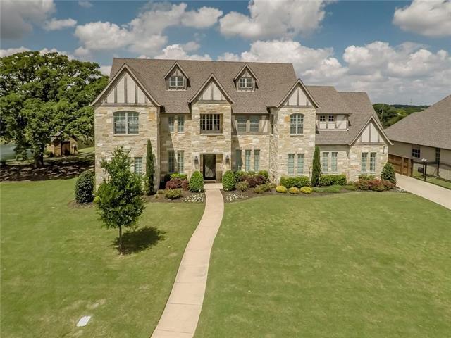 2400 Oak Bend Court, Southlake, Texas