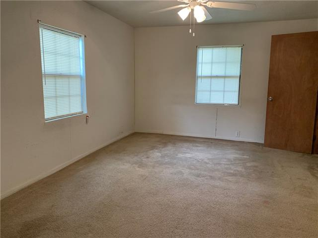1804 S Pine Street, Brady, TX 76825