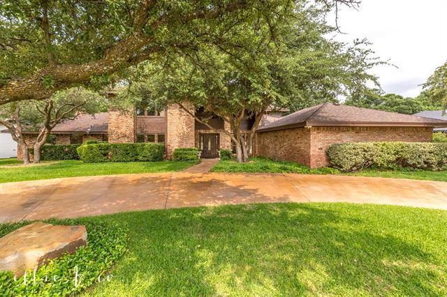 16 Fairway Oaks Boulevard Abilene, TX 79606