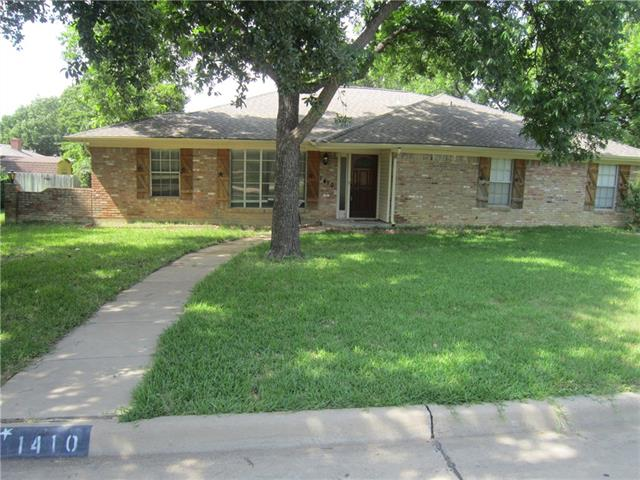 1410 Canadian Circle, Grand Prairie in Dallas County, TX 75050 Home for Sale