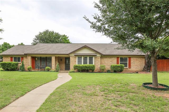 1812 Lincolnshire Drive 76021 - One of Bedford Homes for Sale