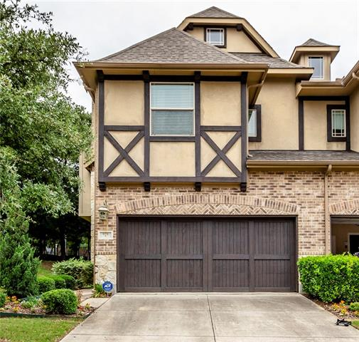 928 Brook Forest Lane, Euless, Texas