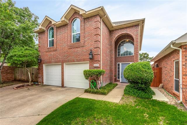 327 Arbor Court, Euless in Tarrant County, TX 76039 Home for Sale