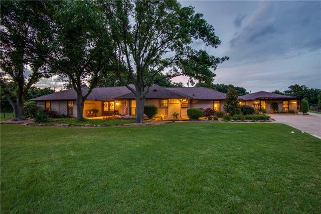 Southlake Homes for Sale -  Ranch,  2705 N Quail Run Court
