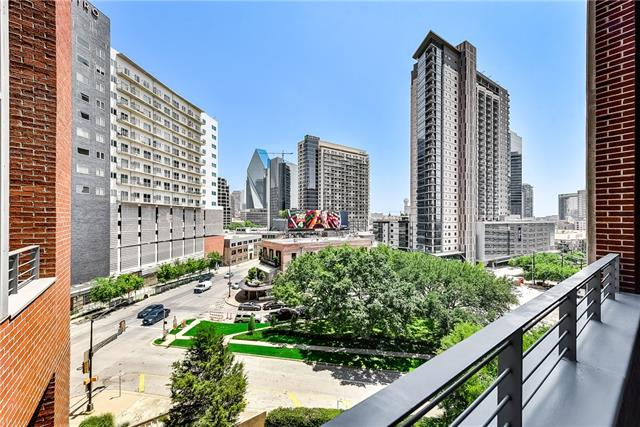 2011 Cedar Springs Road, Dallas Downtown, Texas 2 Bedroom as one of Homes & Land Real Estate