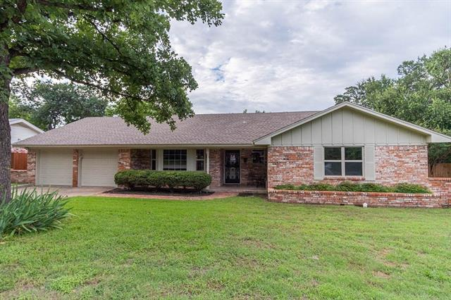 4817 Briarwood Lane, Fort Worth Alliance, Texas