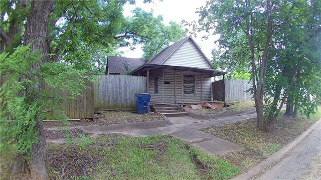 1013 S Burnett Denison, TX 75020