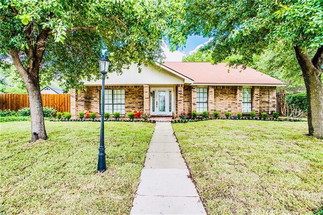 3601 Boxwood Drive, Grand Prairie in Dallas County, TX 75052 Home for Sale