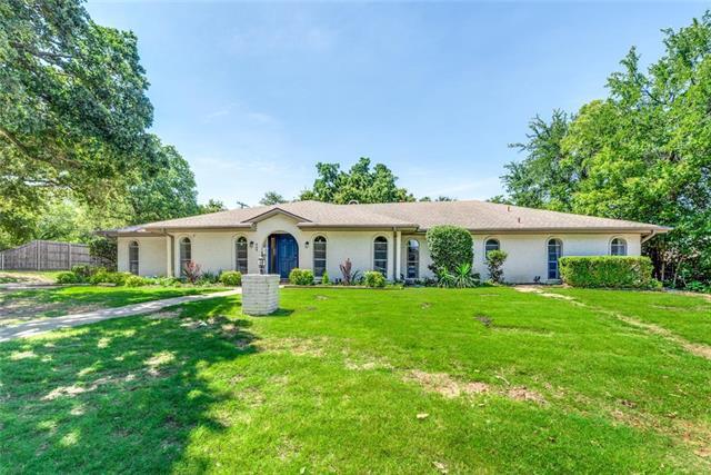 904 Rankin Drive, Bedford, Texas