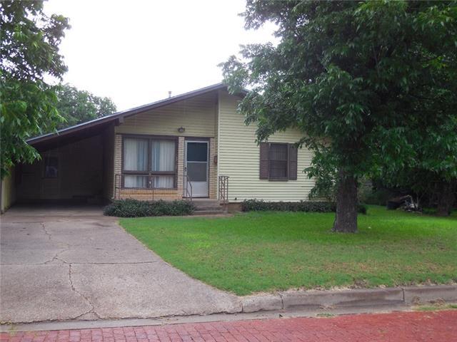 520 Mesquite Street, Ranger, TX 76470