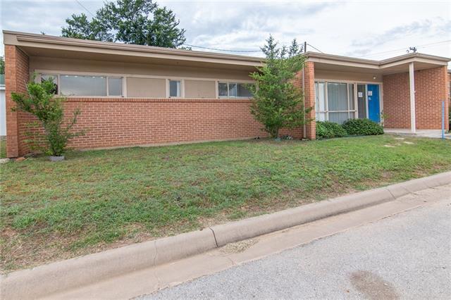 2408 Coggin St., Brownwood, TX 76801