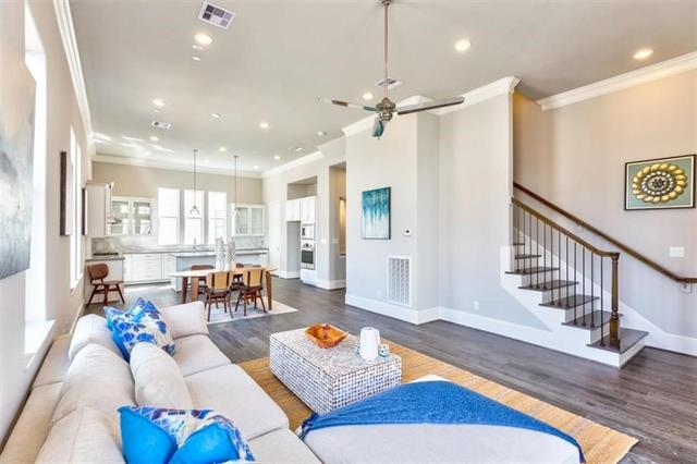 14985 Oak Street, one of homes for sale in Addison