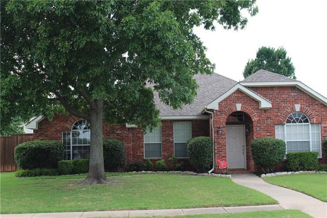 Single Story property for sale at 814 Linda Court, Allen Texas 75002