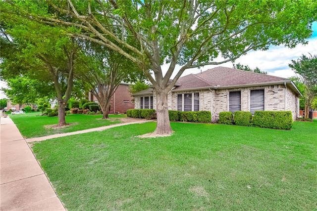 168 Longleaf Circle, De Soto, Texas