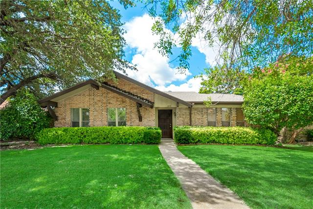 3230 Castle Rock Lane, Garland, Texas
